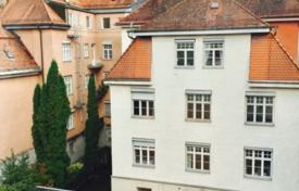 Luxury 4 bedroom apartments for sale in Bavaria. Apartment in a renovated residence with a garage, in Bogenhausen district, Munich, Germany