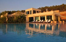 Luxury villas with a list of services in Porto Heli, Peloponnese, Greece for 1,600,000 €