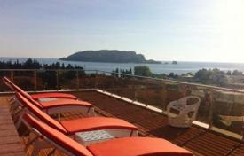 Apartments with pools for sale in Budva (city). Penthouse in a luxury complex on the banks of a quiet, beautiful bay in Budva