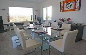 4 bedroom villas and houses to rent in Costa Blanca. Detached house – Moraira, Valencia, Spain