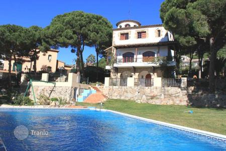 Luxury 5 bedroom houses for sale in Costa Brava. Villa - Lloret de Mar, Catalonia, Spain