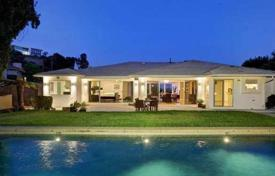 Exclusive residence with swimming pool and panoramic city view in prestigious area of Los Angeles for 3,995,000 $
