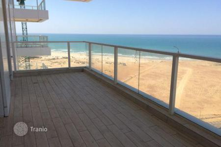 New homes for sale in Center District. The new four-room apartment with a terrace and with overlooking the sea in Netanya