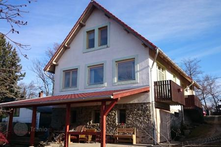 Residential for sale in Pócsmegyer. Detached house – Pócsmegyer, Pest, Hungary