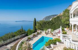 5 bedroom houses for sale in Cap d'Ail. Cap d'Ail — Panoramic sea view