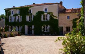 Property for sale in Aquitaine. Stylishly renovated 8 bed Maison de Maitre with finished gite, pool & outbuildings in pretty hamlet