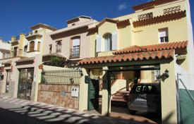 Property for sale in Costa del Sol. Terraced house – Estepona, Andalusia, Spain