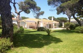 Luxury 4 bedroom houses for sale in Attica. Single storey villa in the first line in Attica