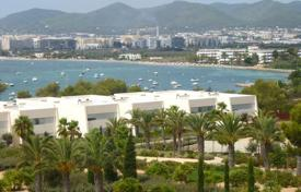 Luxury apartments with pools for sale in Balearic Islands. Apartment with Pool on Talamanca Bay