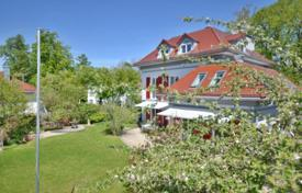 Luxury residential for sale in Grünwald. Spacious villa with a garden, a sauna and a garage in the prestigious district of Grünwald, Munich, Germany