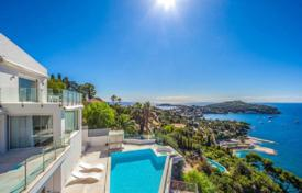 3 bedroom houses for sale in Villefranche-sur-Mer. Villa – Villefranche-sur-Mer, Côte d'Azur (French Riviera), France