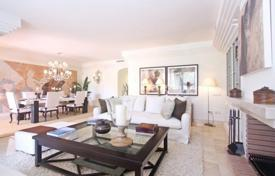 Apartments for sale in Puerto Banús. Elite penthouse with a terrace in a residence with a concierge, a swimming pool, a gym, a garden and a parking, Puerto Banus, Spain