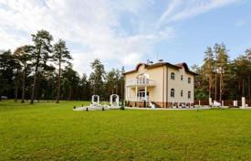 Houses with pools for sale in Ādaži. A new luxury villa in Latvia situated in a quiet scenic location with magnificent landscape 27 km far from Riga