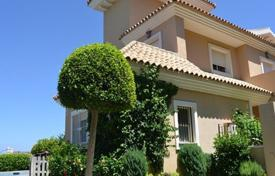 Townhouses for sale in Manilva. Terraced house – Manilva, Andalusia, Spain