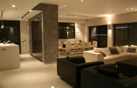 Penthouses for sale in Center District. Penthouse with balcony and swimming pool, in Nat 600 district, in Netanya, Israel