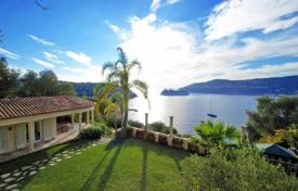 5 bedroom houses for sale in Côte d'Azur (French Riviera). A new seaside villa with panoramic views, 500 meters from the beach, on a plot with a pool and three garages, Saint Jean Cap Ferrat, France