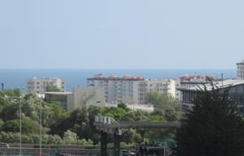 Cheap apartments for sale in Portugal. Three-bedroom apartment in Porto Salvo with sea view