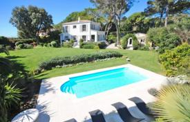Luxury property for sale in Biot. Villa – Biot, Côte d'Azur (French Riviera), France