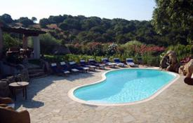 Property to rent in Costa Smeralda. Villa – Porto Cervo, Sardinia, Italy
