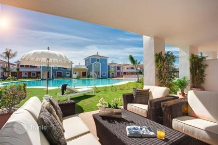 Cheap apartments with pools for sale in Yunquera. Apartment - Yunquera, Andalusia, Spain