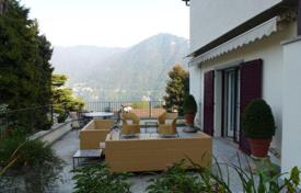 4 bedroom houses by the sea for sale in Lake Como. Villa – Lake Como, Lombardy, Italy