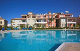 Cheap apartments with pools for sale in Paphos. Apartment – Konia, Paphos, Cyprus