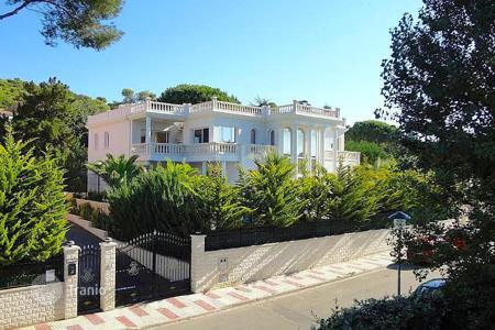 5 bedroom houses by the sea for sale in Catalonia. Villa – Castell Platja d'Aro, Catalonia, Spain