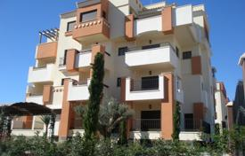 Cheap 2 bedroom apartments for sale in Alicante. Three-room apartment in excellent condition in Orihuela Costa, Alicante