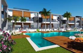 Residential for sale in Guardamar del Segura. Apartment with private solarium in El Raso, Guardamar