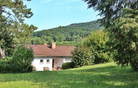 Property for sale in Black Forest (Schwarzwald). Two-storey house with a garden, a garage and a view of the old town, on the hillside, in the center of Baden-Baden, Germany