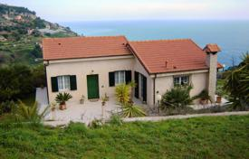 3 bedroom apartments for sale in Ventimiglia. Apartment – Ventimiglia, Liguria, Italy