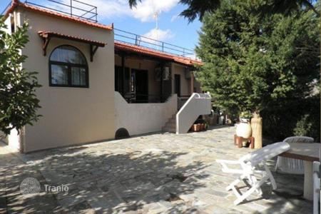 1 bedroom houses for sale in Attica. Small cottage with a picturesque garden, at 900 meters from the sea, Porto Rafti, Greece