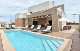 Houses for sale in Valencia. Spacious newly built villas