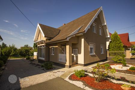 Houses for sale in Siklós. Detached house – Siklós, Baranya, Hungary