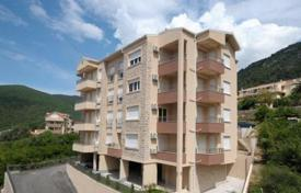Coastal new homes for sale in Budva (city). The apartment is in a new building, 800 meters from the sea near Lazi, Budva