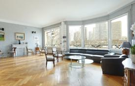 Property for sale in Paris. Paris 16th District – A near 225 m² apartment enjoying a view of the Seine