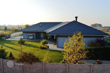 4 bedroom houses for sale in Central Bohemia. Detached house – Jesenice, Central Bohemia, Czech Republic