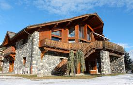 Luxury houses for sale in Saint-Étienne-de-Tinée. Auron — Magnificent chalet