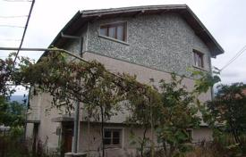 Property for sale in Montana Province. Detached house – Varshets, Montana Province, Bulgaria