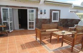2 bedroom houses for sale in Gran Canaria. Fantastic Bungalow in Playa del Ingles