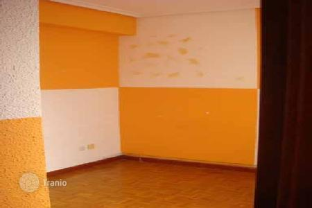 Cheap residential for sale in Logroño. Apartment – Logroño, La Rioja, Spain