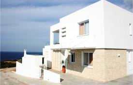 Coastal houses for sale in Peyia. Villa – Peyia, Paphos, Cyprus