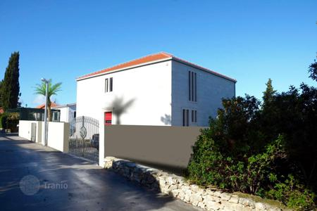 Property for sale in Postira. An unfinished and spacious villa for sale in Postira, Brac, Croatia