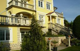 Houses for sale in Primorje-Gorski Kotar County. Beautiful historic villa in Crikvenica