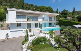 Coastal property for sale in La Colle-sur-Loup. Close to Saint-Paul de Vence - Californian-style villa