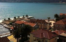 2 bedroom apartments by the sea for sale in Herceg-Novi. Apartment in 50m from the sea in seaside resort of Igalo