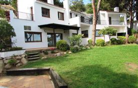 3 bedroom houses for sale in Catalonia. Villa – Blanes, Catalonia, Spain