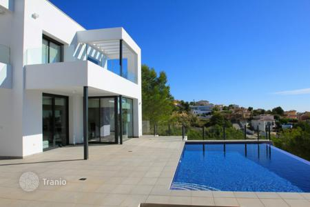 Coastal property for sale in Cumbre. New build villas of 3 bedrooms in Benitachell