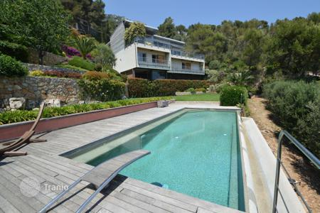 Houses for sale in Beausoleil. Villa – Beausoleil, Côte d'Azur (French Riviera), France