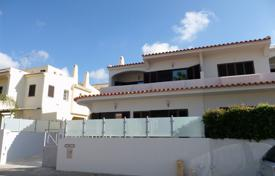 4 bedroom houses for sale in Quarteira. Villa – Quarteira, Faro, Portugal